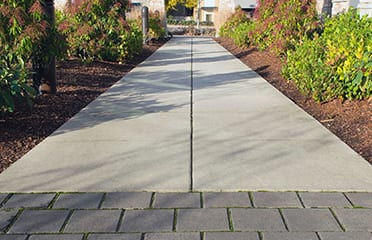 business-landscaping-services-tmb